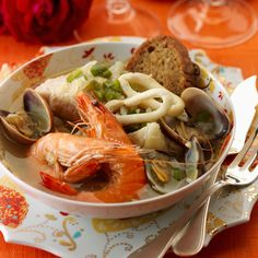 Découvrez la recette Caldeirada de peixe (Bouillabaisse de poisson) sur…