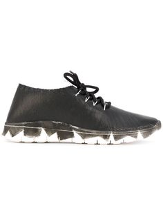 MAISON MARTIN MARGIELA Lace-Up Sneakers. #maisonmartinmargiela #shoes #flats