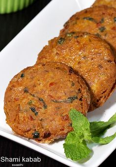 Shami kabab recipe with video. Delicious, flavorful shami kababs made with chana dal, mutton, chicken and many spices and herbs. Shami Kebab Recipes, Veg Kabab Recipe, Kabob Recipes, Veg Recipes, Curry Recipes, Indian Food Recipes, Appetizer Recipes, Cooking Recipes, Gourmet