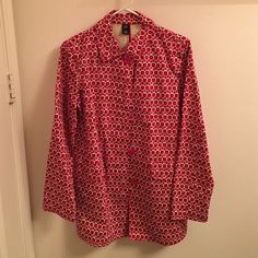 Gap Rain Coat Cutest raincoat! Never worn but missing tags. Was purchased for me as a gift a while back but is too small. I think it runs true to size (small). Red and pink floral pattern! GAP Jackets & Coats