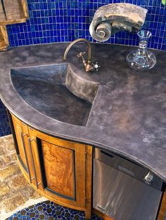 Glass Backsplash Ideas: Pictures & Tips From HGTV : Rooms : Home & Garden Television