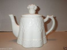 LENOX-FINE-CHINA-BUTLERS-PANTRY-1999-FLORAL-LACE-BRUNCH-BREAKFAST-TEAPOT