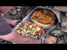 Homemade Wood-Fired Pizza Oven Cost Nothing At All To Build (And Feeds Small Multitude) – Holz Clay Pizza Oven, Home Pizza Oven, Bread Oven, Pizza Oven Outside, Pizza Oven Outdoor, Small Pizza, Four A Pizza, Pizza Oven Temperature, Pisa