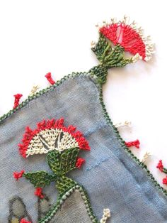 Needle Lace, Warm Outfits, Short Bob Hairstyles, Textiles, Cool Words, Hair Styles, Type, Women, Hot Clothes