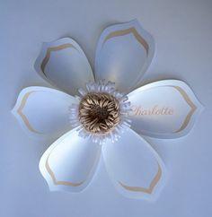 Arte de la pared de la lona de la flor del papel. por cindyPAPERIE
