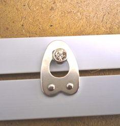 Some busks have rhinestone knobs!!