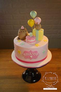 Pusheen theme cake
