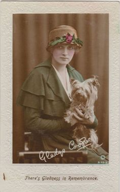 0 Gladys Cooper with her Yorkshire Terrier Dog 1917