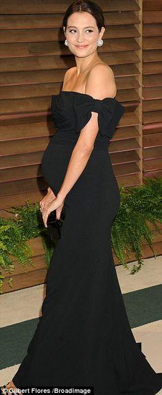 back dress off the shoulder- bows - Emma Hemming - pregnant
