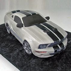 Weding cars decorations mustang ideas for 2019 Just Cakes, Cakes For Boys, Gorgeous Cakes, Amazing Cakes, Fondant Cakes, Cupcake Cakes, Mustang Cake, Truck Cakes, Car Cakes