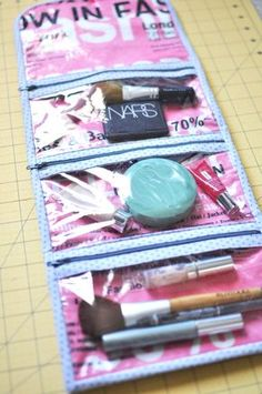Lindsey's cosmetic case tutorial