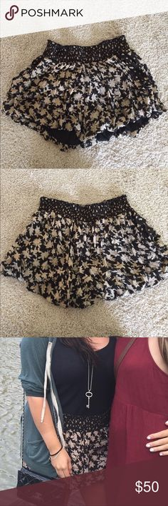 Free People Fun Shorts Free People Fun Shorts with pockets. Elastic top. Super comfy and stretchy/ just too big for me now! Free People Shorts