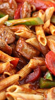 Skillet Italian Sausage and Peppers with Whole-Wheat Penne This skillet Italian sausage and peppers with whole-wheat penne is the perfect home cooked meal and its all in one pot which makes clean up a breeze! - Skillet Italian Sausage & Peppers with Penne Sausage And Peppers Pasta, Sausage Pasta Recipes, Italian Sausage Pasta, Italian Sausage Recipes, Sweet Italian Sausage, Easy Soup Recipes, Cooking Recipes, Sweet Sausage Recipes, Kilbasa Sausage Recipes