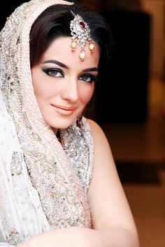 Pakistani Bridal Makeup Looks 2013 By Sabs Bridal Salon