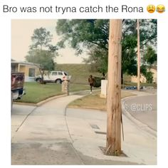 Bro was not tryna catch the Rona Funny Video Crazy Funny Memes, Funny Video Memes, Stupid Memes, Funny Relatable Memes, Haha Funny, Funny Pranks, Funny Jokes, Inappropriate Memes, Sarcastic Memes