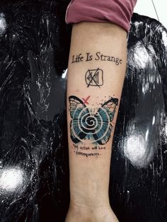 life is strange tattoo blue butterfly rewind this action will have consequences – Ronnie B. life is strange tattoo blue butterfly rewind this action will have consequences life is strange tattoo blue butterfly rewind this action will have consequences Gamer Tattoos, Weird Tattoos, Body Art Tattoos, Cool Tattoos, Life Is Strange Fanart, Life Is Strange 3, Strange Quotes, Tattoo Life, One Line Tattoo