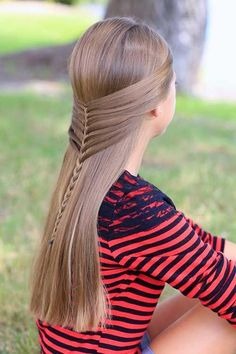 Braids for Kids - 35 Gorgeous and Cute Braid Styles for Kids There are numerous of braids for kids to choose from. Let us cross over and look at a some of marvelous braids for kids hairstyles. Pretty Braided Hairstyles, Cute Girls Hairstyles, Box Braids Hairstyles, Long Hairstyles, Beautiful Hairstyles, Short Haircuts, Simple Hairstyles, Hairstyle Ideas, Mermaid Hairstyles