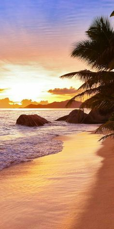 Top 18 Most Romantic Places in the World Beautiful Sunset, Beautiful Beaches, Beautiful World, Beach Pictures, Nature Pictures, Beautiful Pictures, Natur Wallpaper, Beach Scenery, Sunset Wallpaper
