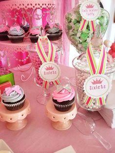 Princess party Salt Water Taffy, Dessert Recipes, Desserts, Princess Party, Cake, Food, Pie Cake, Meal, Deserts