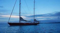 Steinlager II anchored in the Man 'O' War Bay; Waiheke Island Photo credit : @thekiwithatcouldnt #sailing #yachting #sails #sail #boat #wind #sailboat #instasailing #yacht #sport #racing #yachtracing #letsmakesailinggreatagain #steinlager #steinlagerii #steinlageriiyacht #steinlageryacht #manowarbay #sailingstagram #secretsailing