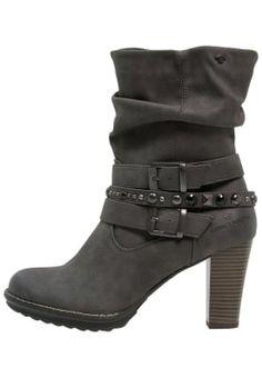 1000 ideas about biker boots on pinterest boots ankle. Black Bedroom Furniture Sets. Home Design Ideas