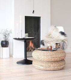Espace cocooning autour de la cheminée