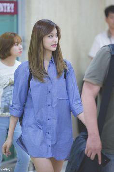 Korean Airport Fashion, Korean Girl Fashion, Kpop Fashion, Nayeon, Extended Play, Girls Dp, Kpop Girls, South Korean Girls, Korean Girl Groups