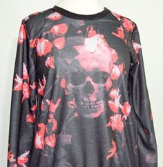 Religion Skull and Roses Sweatshirt • Alter • Tictail