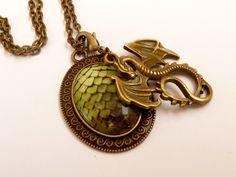 Fantasy Halskette in grün bronze mit Drachen und Drachenei, LARP, Handarbeit in Uhren & Schmuck, Modeschmuck, Halsketten & Anhänger | eBay