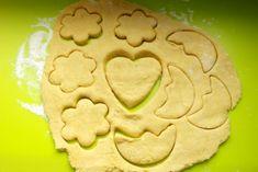 retete cu cartof dulce pentru copii, biscuiti pentru copii, retete pentru copii Baby Food Recipes, Biscuits, Diy And Crafts, Cookies, Desserts, Sweet Treats, Deserts, Dessert, Cookie Recipes