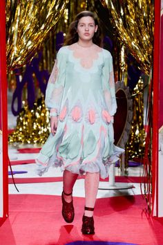 Meadham Kirchhoff F/W 2014-- I know this is fall/winter, but I took notice of this model who is the normal size of women! Good on you, Meadham Kirchhoff! We need more average size models on the runway!
