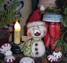"Primitive Frosty Christmas Ornament Santa Snowman 6"" Doll Patti's Ratties Bear ★"
