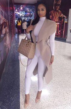 Fashion, fashion outfits и classy outfits. Mode Outfits, Fall Outfits, Fashion Outfits, Womens Fashion, Fashion Killa, Look Fashion, Classy Fashion, 2000s Fashion, Fashion Black