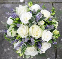 Beautiful lavender and green bouquet. I think this is what I would like for my bouquet.