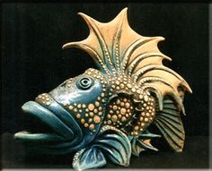 ceramic fish art - handsome, isn't he? Ceramic Clay, Ceramic Pottery, Pottery Art, Fish Sculpture, Pottery Sculpture, Ceramic Animals, Clay Animals, Paper Clay, Clay Art