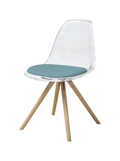 chaise style scandinave transparente et chne scandinavian style log cabins and cabin - Chaise Scandinave Transparente