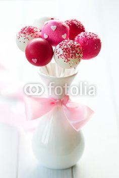 Wedding cake pops #wedding
