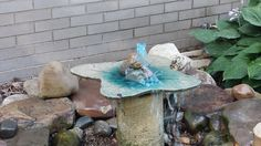 This #DIY outdoor fountain was made by a fan in Pennsylvania, using QUIKRETE® Countertop Mix! #LawnOrnament #Yard&Garden #ConcreteDecor #WhatAmericaIsMadeOf