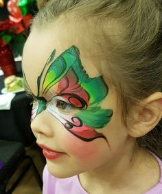Mai Bohl Christmas Face Painting Design Face Painting Images, Girl Face Painting, Face Painting Designs, Body Painting, Face Paintings, Christmas Face Painting, Christmas Paintings, Butterfly Face Paint, Butterfly Art