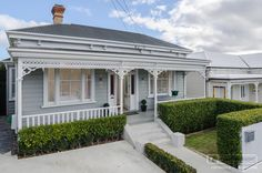 steel and tube roofing auckland villa House Colors, Exterior Colors, Victorian Homes, Weatherboard House, Australian Homes, House Painting, Cottage Exterior, House Paint Exterior, Victorian Cottage