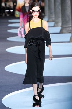 Marco De Vincenzo Spring/Summer 2018 Ready To Wear | British Vogue