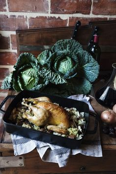 roast chicken with chestnuts and cabbage / manger