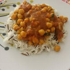 Paraíso Vegetal: Curry de garbanzos y acelgas con arroz basmati aromatizado