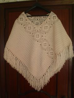 Crochet poncho shawl granny squares Ideas You are in the right place about crochet clot Poncho Shawl, Knitted Poncho, Crochet Cardigan, Crochet Scarves, Crochet Shawl, Crochet Clothes, Crochet Lace, Crochet Stitches, Capelet