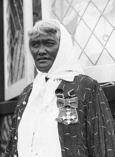 Te Kirihaehae Te Puea Herangi (Tainui–Waikato), opposed conscription in the Waikato. Nz History, History Online, Today In History, Maori Songs, Conscientious Objector, Maori People, In Memory Of Dad, Polynesian Culture, World War One