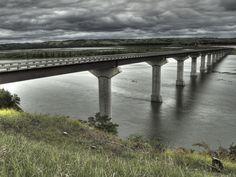 Standing Bear bridge over the Missouri River connecting South Dakota and Nebraska.