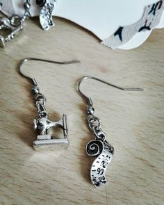 Facebook : https://m.facebook.com/CreazioniBarbara  #bijoux #handmade #fattoconamore #orecchini #earrings #fattoamano #barbarariccicreations #metro #sarta #macchinadacucire #artigianato #love #accessories #creation #novità #workinprogress #handmadecreations #madeinitaly #italy #rome