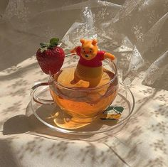 Do you love Tea? Check The Best Tea For a Peaceful Nights Sleep. me lounging in quarantine stocked up on my teas . Orange Aesthetic, Aesthetic Food, Aesthetic Coffee, Summer Aesthetic, Cute Food, Yummy Food, Think Food, Oui Oui, Mellow Yellow