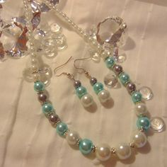 Necklace and Earring Set in Turquoise, White and Silver