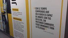 En un pequeño homenaje al gran escritor argentino Jorge Luis Borges, el equipo la Ciudad de Buenos Aires lo citó en uno de los carteles de la estación San Martín de la línea C del subte pero le salió mal: la frase no es del autor.